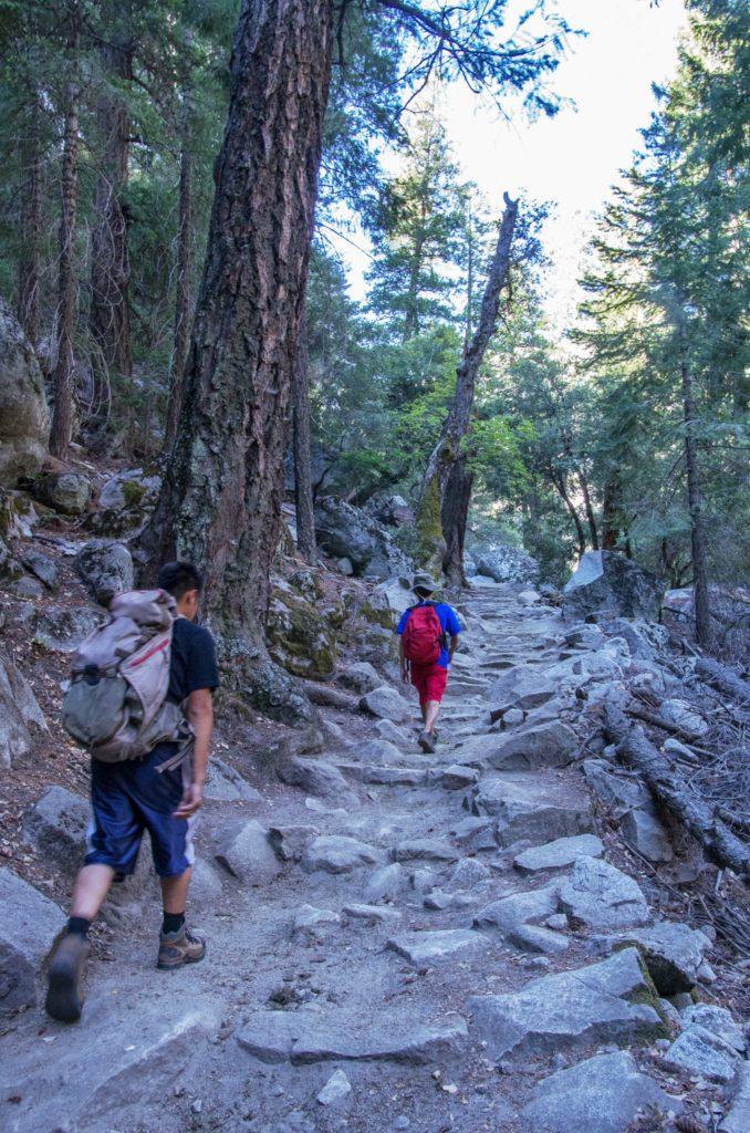 starting up the John Muir Trail