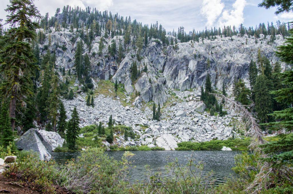 horseshoe lake.