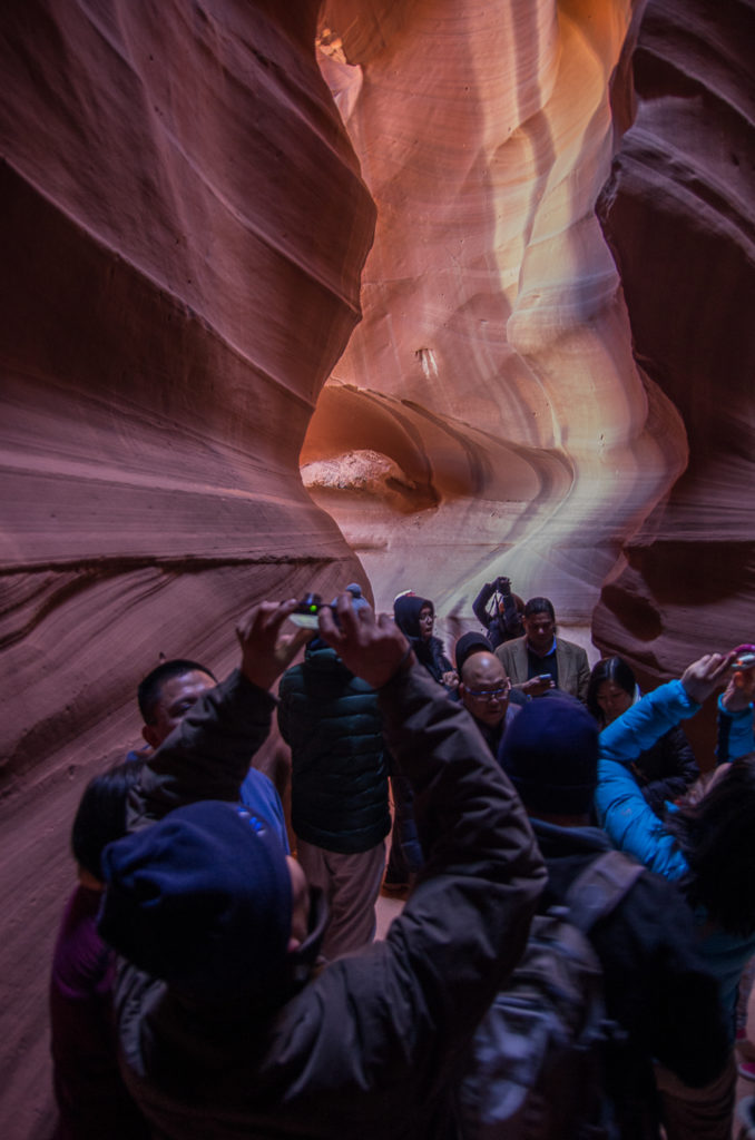 crowded antelope canyon