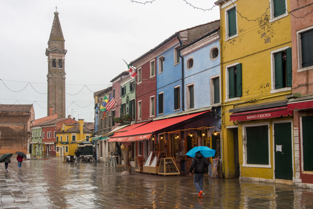 burano, venice's colorful cousin